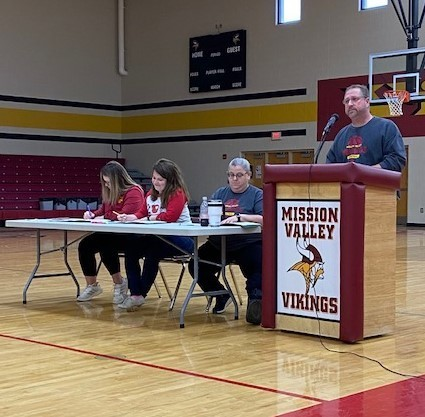 4-8th grade Spelling Bee judges